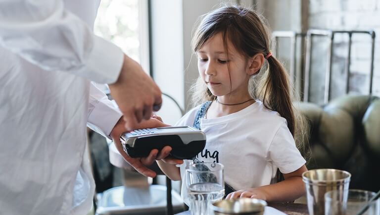 teaching a child to use a bank card